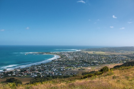 See the Apollo Bay on a rental car